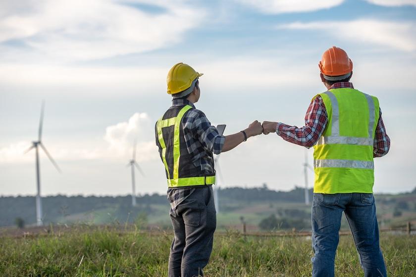Comment l'utilisation des technologies de transmissions réseaux améliore-t-elle la gestion des parcs éoliens ?